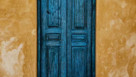 What to consider when buying a new front door?